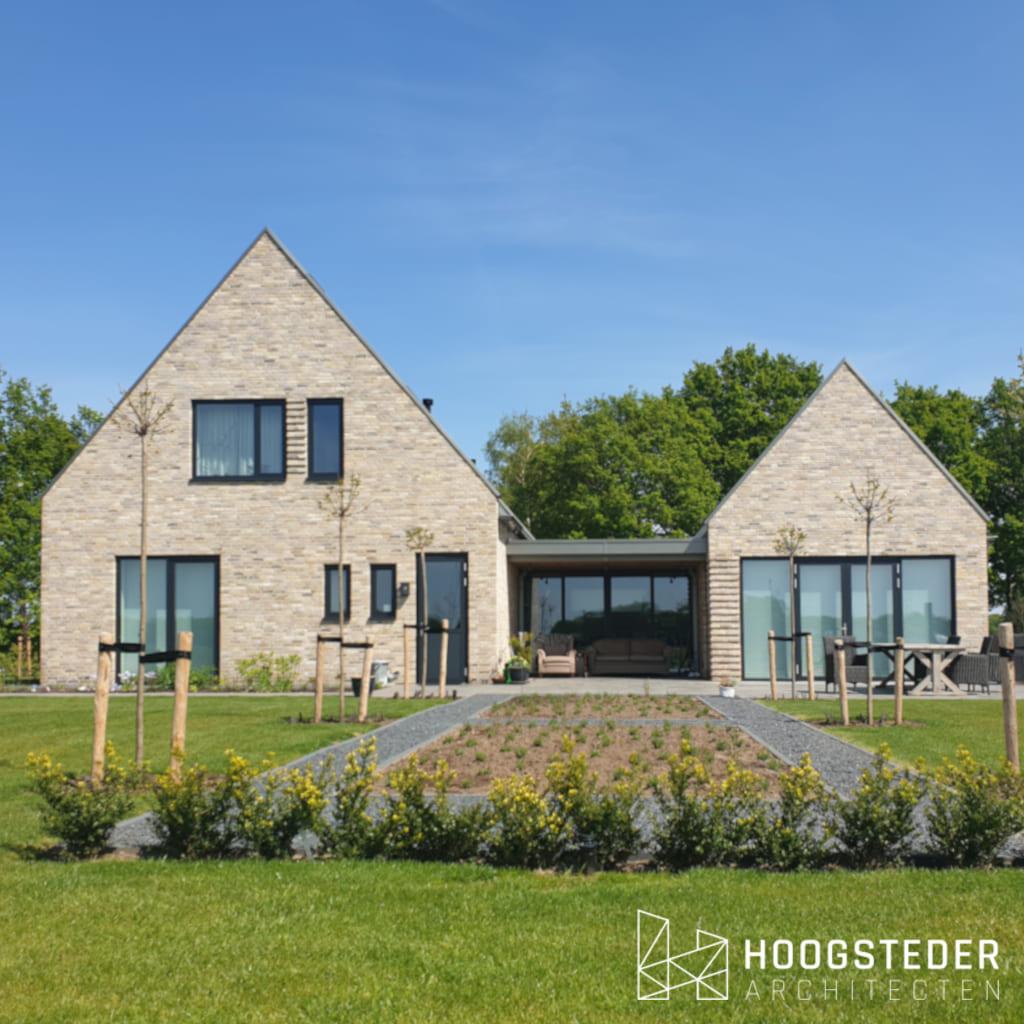 moderne strakke woning in landelijke gebied (1)